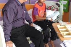 Menziarah Murid SKBB Khairulfahmi hafiz di Hospital
